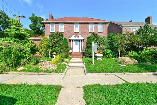 All Brick Center Hall Colonial In Amazing North Flushing Location !! Oversize 60x100 Corner Property Perfects Location For Professional Use. Beautifully Landscape & Terrific Curb Appeal Great Flow Of Entertaining. Exceptional Opportunity ! Close To All Transportation And Shopping.