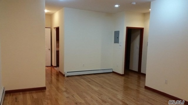 Beautiful Jr.4/2 Bedroom Apartment For Rent In Kew Gardens. It Features Bright Rooms, High Ceilings, Hardwood Floors Throughout, Beautiful Kitchen, Updated Bathroom And Balcony. Conveniently Close To Shops, Restaurants on Metropolitan Ave, Buses, Near J And Z Train.