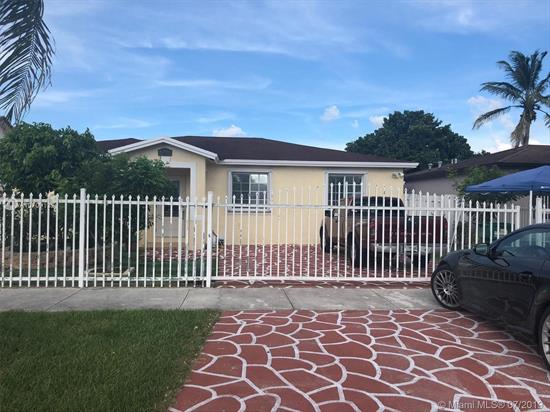 A Spectacular 3 Bed 2 Bath In The Biscayne Subdivision. This Fine Home Has Tile Floors Throughout Living Areas, High Ceilings, Huge Walk In Closets, Stainless Steele Appliances, Washer And Dryer All Included.