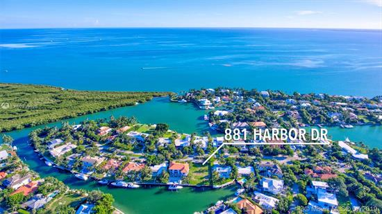 Gorgeous Vacant Lot On Harbor Drive. Deep Water Dockage. Overlooking A Lovely Wide Lagoon. This Property Will Accommodate Parking For Multiple Watercraft. A Wide Turning Basin Allows For Easy Maneuvering.