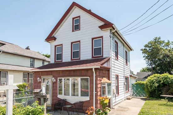 4 bedroom colonial with a walk up attic in the heart of inwood close to all !!