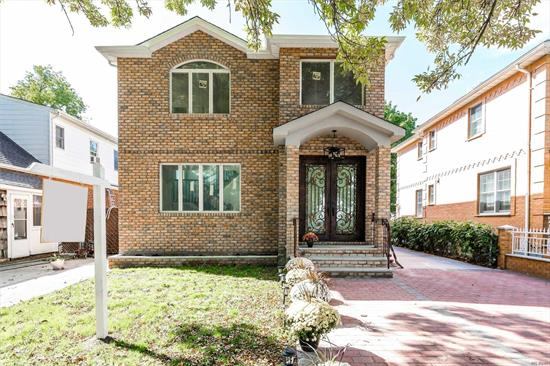 New construction fully Danish Antique brick in the heart of Bellerose 5 Bedrooms, 4full bathrooms with energy Star Caement Anderson windows, hardwood floors, Central Vaccum, Central HVAC, Electric fireplace. Call to schedule to see this immaculate home. Priced to Sell.