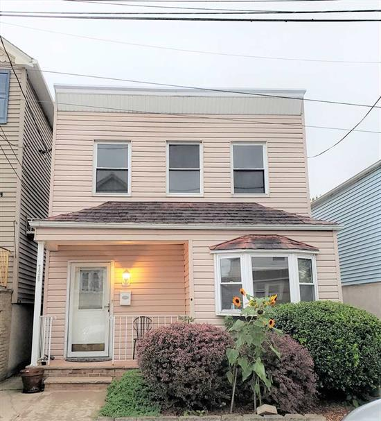 Lovely starter home shack in the center of town. Close to shopping, restaurants, parks and recreation. Short walk to NYC and Secaucus Junction transportation. Currently used as a 2 bedroom plus an office which easily converts to 3rd bedroom. Large yard is great for entertaining and pets.