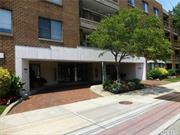 Large 2 Bedroom, 2 Full BathroomApartment in a Luxury Building in Lawrence. Doorman, Elevator Building, Underground Parking, Gym, & Social Room, Washer/Dryer in Apartment, Hardwood Floors, Lots of Closets, Terrace, Close to Railroad, Shopping & Houses of Worship.