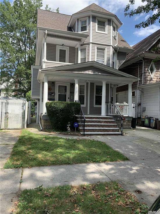 Newly renovated 2 bedroom apartment with beautiufl hardwood floors throughtout. Eat-in Kitchen, living room. A lot of windows, and storage. Central A/C, a cozy Balcony and access to the backyard. Gas, water, electricity and heat included.