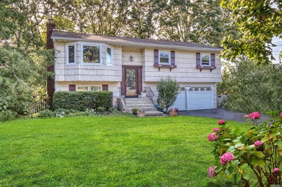 A Rare Find! 3300sq.ft. 5 Bedroom, 4 Full Bath Expanded Hi Ranch with Room for Mom! 20x20 Great Room, 20x16 Master BR w/Walk-in Closet, Den w/Fireplace,  Updated Baths, Hardwood Floors, Some Andersen Windows, 2 Skylights, New Roof, New Heating System, 2 Car Garage, All Located on Shy Half Acre in Middle Country SD, Easy Access to Expressway & LIRR, A Must See!