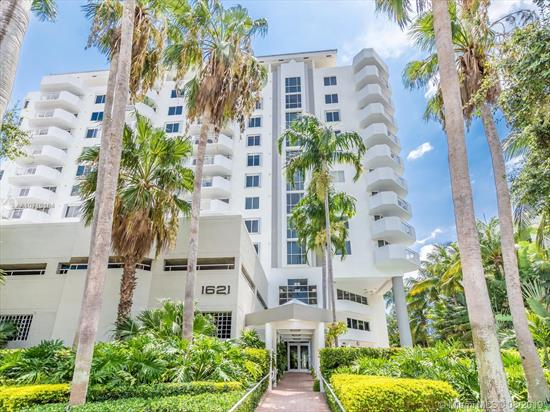 Impeccable 3 Bedrooms & 2 Bathrooms Corner Condo In Bayview Plaza Condo, Located In South Beach Also Known As Sobe. Amazing Open Living Space, Tile Through, Washer & Dryer Inside The Unit, One Parking Space Assigned. Amenities: Gym, Sauna, Pool, Jacuzzi, Recreational Room W/Pool Table, Cable Tv, Social Lounge, Bike Room, Laundry, Secure Key Fob System & More. The Area Is One Of The Most Popular & Active Real Estate Sections Of The Miami Beach Area, Attracting Investors & Buyers. Surrounded By World Famous Nightlife, 2 Block From Lincoln Rd & A Block From Biscayne Bay. Walk To Restaurants, Cinema, Shopping & Entertainment Or Take The Bike For A Ride To The Beach. Don'T Miss This Opportunity. Show & Sale. Building Exterior Is Freshly Painted.