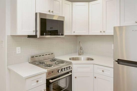 Lovely, sunny large studio, beautifully renovated. A rare find in beautiful Forest Hills Gardens!