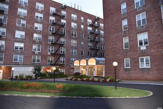 High Floor Renovated One Bedroom One Bath Apt.W/Indoor parking Full Bedroom, Beautiful Kitchen With All New Stainless Steel Appliances, Granite Counters And Wood Cabinets. Brand New Bathroom All Upgraded Electric And Plumbing. Close To All. Large LR/DA, ~ crown moldings~ elevator building~onsite laundry~outdoor pool~garden sitting area~Fitness Center~24 hr. security~nearby to all transportation~shopping~and all major hospitals.
