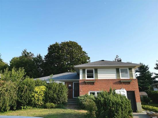 New Renovated with New appliances. Granite countertops, 4 Br, 2 bth, Income and Credit verification needed. FICO score above 700 to apply. Won't last !!!