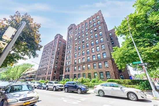 Big Bright Sunny Two Bedroom Coop in Kew Gardens Best Pre-War Building. Big Panoramic Southeastern Views. Very Large Bedrooms w/High Ceilings and Gorgeous Hardwood Floors. Lovely Modern Renovated Kitchen w/ Big Window. Windowed Bath. One Block to LIRR and Lefferts Blvd Shopping. Two Blocks to Express Subway. A Gorgeous Home in Move In Condition.