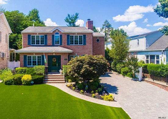 Weeks Woodland luxe on cul-de-sac, intoxicating elegance in a hideaway setting. Huge lot, luxury abounds w/ significant expansion possibilities, 4 BR (MBR en-suite), 2 full/2 half baths, spacious gourmet EIK w/ SOA appliances & granite counter tops. LR w/ gas FPL, FDR, true den and over-sized 3 season sun-room. Fully fin basement for guest/in-law suite, multi-zone heat and CAC. Maintenance-free lush grounds, resort style pool, huge sun deck & 2 pool cabanas! Privacy at it's best!