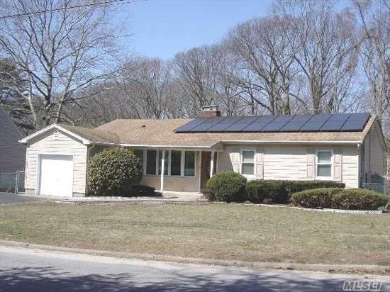 Located In The Very Sought After Bellecrest Area. 3 Bed/3 Bath Ranch. This Home Includes Solar Panels Providing Substantial Electric Savings. Northport-E.Northport Sd.