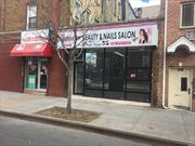 Approximately 280+ Square Feet In A Prime Location. Perfect For Barber Shop, Nail Salon, Small Office etc. Plenty Of Foot Traffic. Near Transportation.