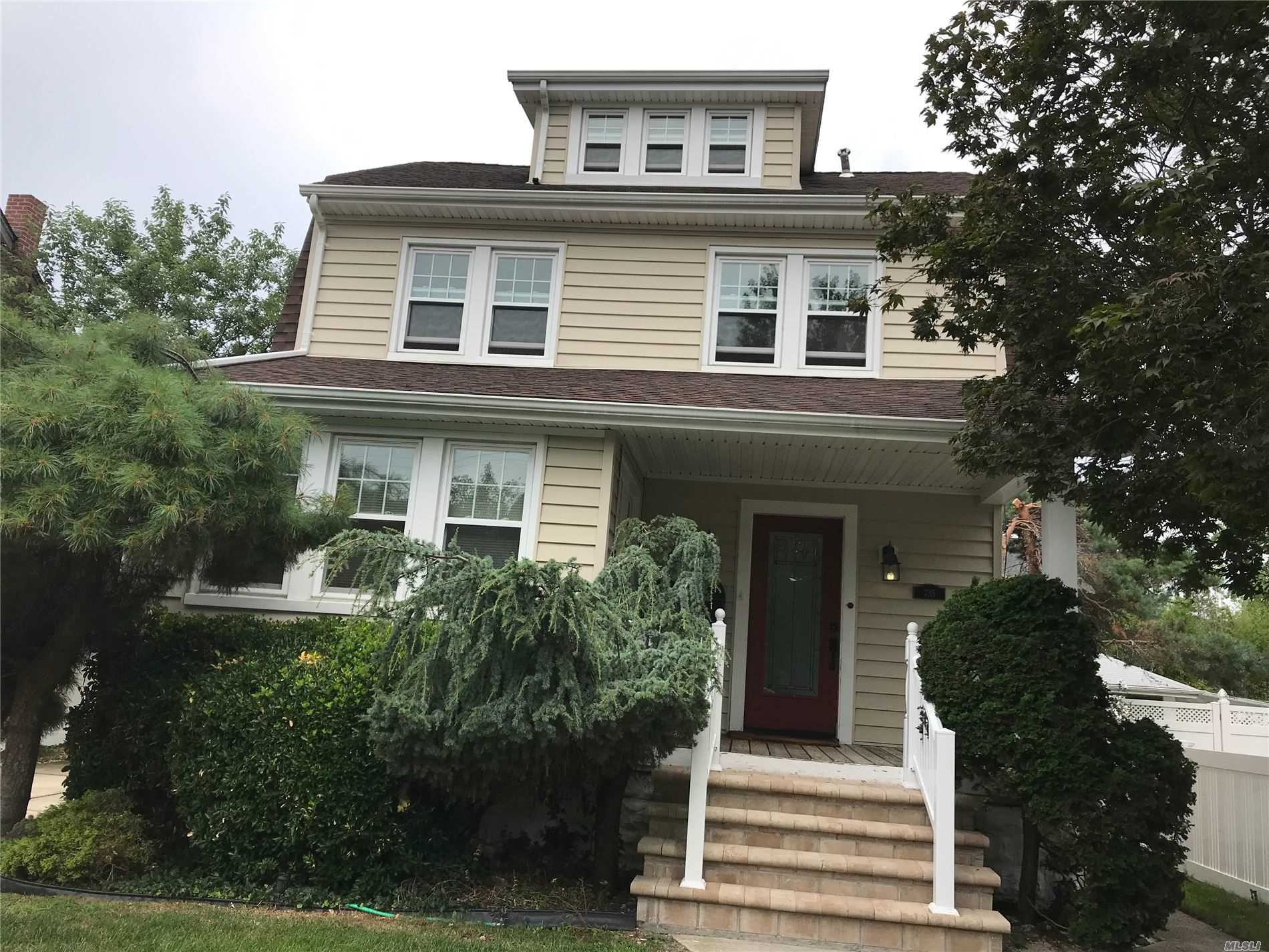 Updated 2nd floor apartment with 2 bedrooms eat in kitchen and full bath. Living room/den on 3rd floor.