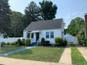 Fully renovated with full finished and separate entrance to basement. Uniondale School District. This house is perfect for the commuter parkway is just few blocks away. 3 bedrooms, 3 baths and a big backyard for all kind of family activities.