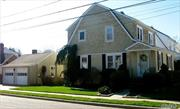 Charming & Updated Sunny Colonial In The Heart Of Manhasset. 4 Blocks From Lirr/Town. Tuscan Style Kitchen With Granite Counter-top/Modern Appliances. Access To Full-bath On 1st Fl Next To Eik. Sunny Living room/Dining room With Staircase Leads To 3 Bedrooms & 1 Fullback. 2 Car Garage With Lovely Yard, Space For Flower/Vege Garden . Quiet Street.
