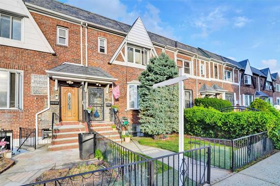 Beautiful Well Maintained One Family House (brick) In A Very Desirable Neighborhood East Elmhurst Just 20 min driving to Manhattan. Convenient To All Shopping; Restaurants; Transportation (Q19-Q33) & highways And Much More. LivingR; Kitchen; Dining R; on First Floor. 3 Bedrooms and Full Bath On 2nd Floor. Full Finished Basement with family room and Bath. Community Drive-way With parking space. All Information Is Deemed Reliable And Must Be Re-Verified By Purchaser(S).