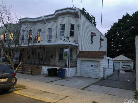 BIG and Beautiful Renovated home, close to transportation and shopping