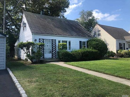 Gibson Cape. 4 Bedrooms. Close to Parks, shopping, RR. Excellent school district. Great starter house with potential.