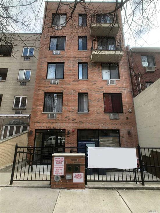 Brand new condo building on Maple Ave. Built in 2018, the gross interior square footage is 650, facing south with balcony. Featuring one bedroom, one large walking-in closet and two full bathrooms. Prime location in the heart of Flushing. Convenient living and transportation, 5 Minutes to 7 train station, Main St and Skyview mall. The Maintenance fee is as low as $250/Months. great property for investors or self-use.