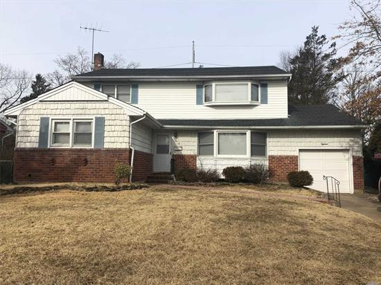 Expanded 5 Bdrm Ranch, 3 Main Lvl Bdrms, Full Finished Basement, Great Backyard, Syosset Schools!