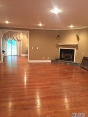 Wonderful 4/5 bedroom home ready for immediate occupancy. Includes chef's kitchen with SS appliances.Eagle dock beach fee required