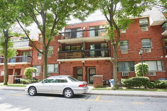 Renovated 2 Bedrms Duplex 1st Floor Condo In The Heart Of Fresh Meadows. This Spacious Apartment Is Renovated, which Introduces A Large Foyer, Spacious Living Rm/Dining Rm, Top Of The Line Custom Made Kit With Newer S.S Appliances, Granite Countertops And New Cabinets, Modern Jacuzzi Jetted F.Bath, New Wood Floors, New windows in M. Bedrm, & Entertainment Rm in the Bsmt w/ 1 Bath. Zoned for S. D. #25. Close To Banks, Post Office, Stores. Supermarkets, Transportation And Easy Access To Nyc.