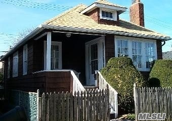 Enormous Potential to Renovate, Lift or Expand. 3Bedroom Raised Ranch With Full Unfinished Basement, New On Demand Heat & Hot Water. Possibilities Galore!