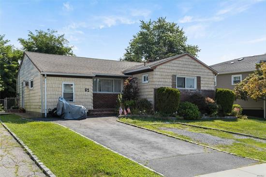 Well Maintained sunshine filled beautiful Ranch style home open floor plan, gleaming hardwood floors, full finished basement, plenty of storage, updated bathrooms, gas cooking, convenient to ALL