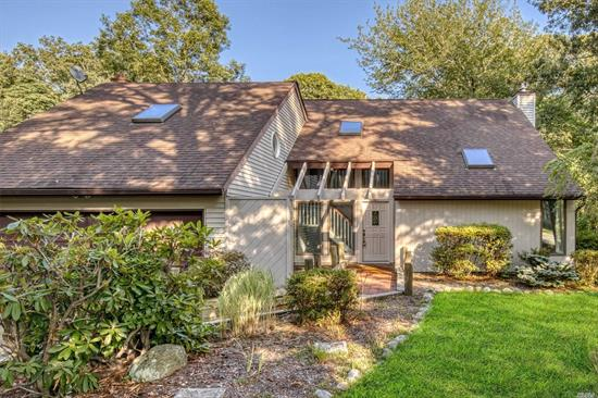 This Gorgeous Home is Situated on a Quiet Culdesac in Desirable Crystal Beach and Features: Updated EIK w/Granite Counter Tops & Stainless Steel Appliances, Family Room w/fireplace and vaulted ceiling, Master Bedroom Ste with Ful Bath, seperate shower and tub, Well McClaine heating System, CAC, New Carpet and updated electric, 3.5 Bathrooms, Large Yard, Beach Rights and more!!!