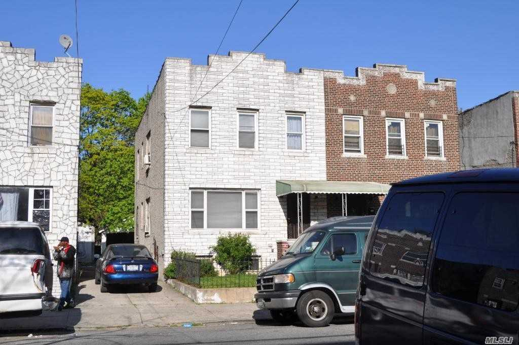 Great looking house, 2-stories, 2-family + Full finished basement. Close to shopping areas of 168th St and Merrick Blvd.