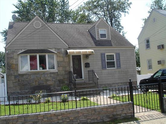 Clean 2nd floor apartment, wood floors, HEAT INCLUDED, quiet block, available now
