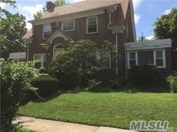 RENOVATED DETACHED CENTRAL HALL COLONIAL HOME WITH 3 BED 2.5 BATH SPACIOUS 1ST FLOOR WITH 2 DENS, 2 CAR GARAGE FULL FINISHED BASEMENT AND STEPS TO QUEENS BLVD.