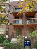 Great 3Br/2Ba Condo. Unit Is On Third Fl(Top). Unit Has Been Fully Renovated With Top Of The Line Finishes. Cherry Hw Floors Throughout, Custom Kitchen With Custom Cabinets, Granite Counter Tops, And Top Of The Line Appliances. Bath Rooms Are Done With High Quality Mosaic Tiles. Master Suite With Bay Window. Custom Closets. Balcony, W/D In Unit. To Much To List.