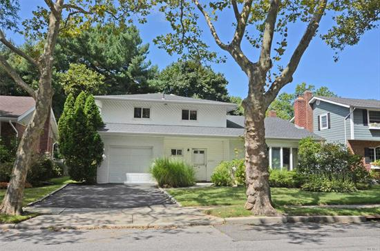 Well priced house in desirable Soundview. Put your own touches in this wonderful home.