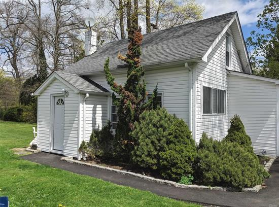 Landlord Requires Completed Rental Application & Verification of Assets. Beautifully Renovated 2 Bedroom Guest Cottage on Private, Park-like Setting, Available for Immediate Occupancy. (1st Fl = LR, BR, Kitchen, 2nd Fl = Full Bathroom, BR). Updated; Kitchen, Bathroom, Utilities, Appliances, Fixtures, Cabinets, Quartz Countertop, Flooring, Walls, Doors, Hi Hats & Rear Patio. Near LIRR, Restaurants, Shops, etc. Strict No Pet Policy.