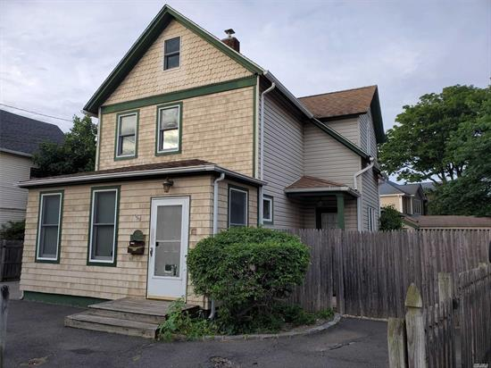5 bed 2 bath colonial electric and plumbing windows and roof updated low taxes not in flood zone home has endless possibilities possibilities