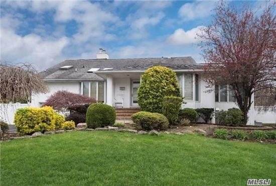Furnished Rental! Expnded El Dorado In A Prime Location In East Birchwood. Light & Bright Large Expanded Chefs Kitchen With Hi Ceilings & Picture Windows. Formal Separate Dining Room, Fireplace In Living Room, Large Den With Sliders To Backyard, Open To Finished Basement! Jericho School!