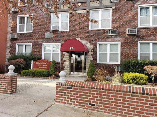 1 Bedroom Apt In The Heart Of Woodmere. Bright & Sunny, Freshly Painted, Close To RR, Shopping & Houses Of Worship. Laundry On Premises.