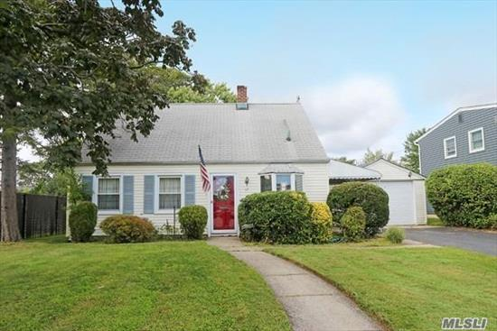 This expanded Cape features 3 bedrooms, 1 bath, formal living room and dining room, eat in kitchen, laundry/office with a large, private backyard, 1.5 car garage and low taxes! Needs TLC, Sold As Is !