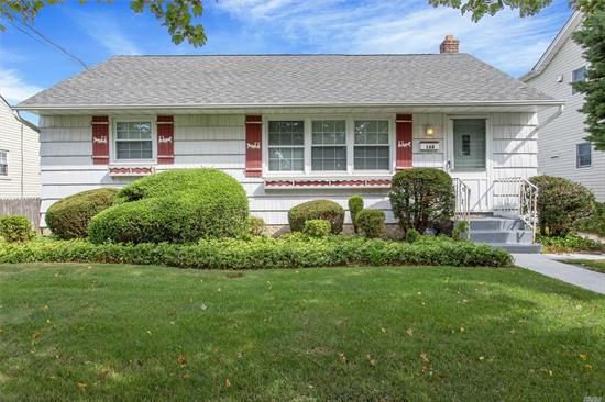 Adorable Ranch! Great Starter Home ! 3 Bedrooms, 1 1/2 Baths With Part Finished Basement And 1 Car Detached Garage. Convenient To All! Shopping, Parkways, LIRR