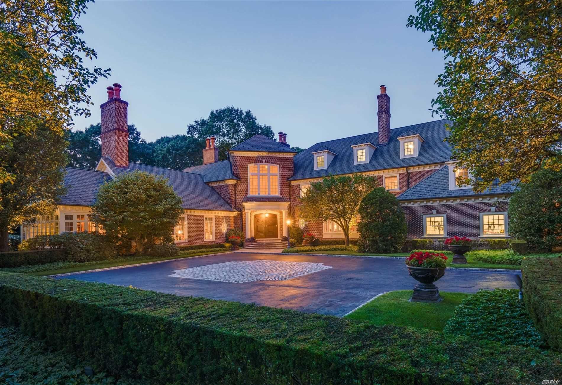 LuxuryLongIsland.com - Long Island Real Estate and Homes for Sale with  Maria Babaev