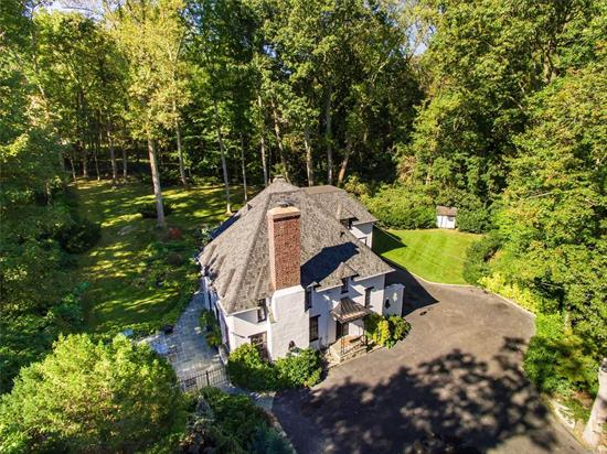 Kings Point! Majestic & Classic Sun-Filled Tudor W/Privacy & Location. Ascend Up A Driveway To Your Private Oasis, 1.7 Acres Filled W/Specimen Plantings. Just 30 Minutes Manhattan.5 Brs, 3.5 Bths Home Is Remarkably Preserved W/Architectural Detailed. ****2019 Major Home Upgrades/Improvements: Lower Taxes, Gas Conversion, New Cesspool & Driveway, Internet Controlled Thermostats, New Hardwood Floors Throughout, New Master Bathroom... Must See To Appreciate.