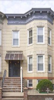 Beautiful multi-family Brick house in Ridgewood. Fully Vacant. 5 bedrooms and 2 baths. Also includes Eat in Kitchen, Formal Dining Room and living room. Close to all amenities and close to transportation.