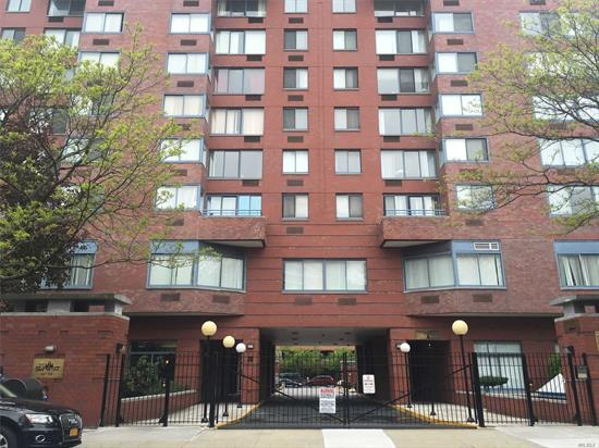 Apartment for rent in the desired Summit Condominium in the heart of Rego Park. Alcove studio with separate bedroom. 4 short blocks to M/R train. Washer/Dryer in Unit. Doorman & elevator building.. A must see! Tenant responsible only for electric. Rego Center across the street featuring Marshalls, TJMaxx, Costco and much more!