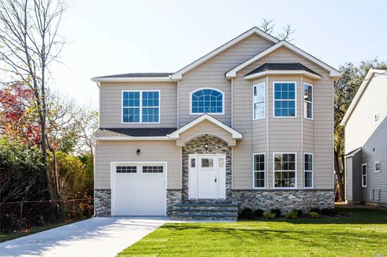 Brand New Construction--- Exquisite Colonial W/Architectural Details Throughout! Deep 125' Lots! 4 Bdrms/2.5Bths! Lg 2 Story Entry, Lvrm, Fdr, Fam Rm W/Fpl & Magnificent Eik W/Gran Isl, Gas Heat And Cooking*** Large Master Ste W/Lux Fbth, & 2 Lg Walk In Closet. Pristine Bellmore Loc Close To Schools/Lirr/Dining/Shops/Etc. No Amenities Spared!