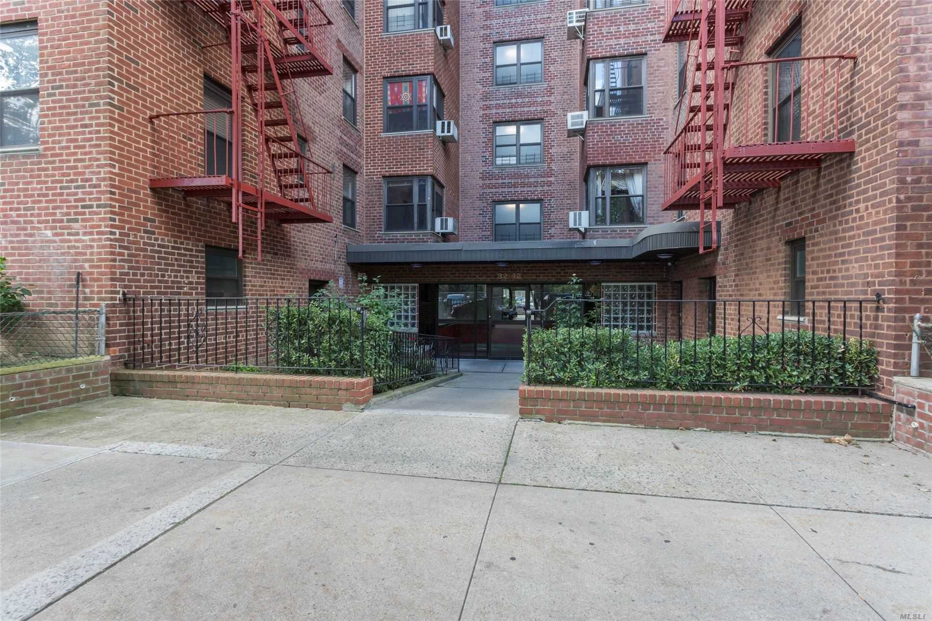 Sale may be subject to term & conditions of an offering plan. Nicely renovated, all appliances brand new. 1-bedroom apt in this coop bldg. Spacious Living Room/Dining rm area. Bedroom features a deep, double-rack closet. EIKitchen with mircrowave and dishwasher. Full bathroom. Laundry facilities. Excellent location, with Northern Blvd at the corner providing many choices.