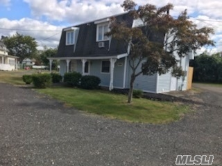 Whole House Rental Includes Gas Heat, Water, Garbage & Ground Care. Enjoy A Fenced Private Backyard With Patio And Barbeque Area. Conveniently Located Close Stony Brook University, Long Island Railroad, Parks And Shopping.