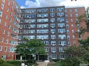 Move right in to this updated Co-Op Studio apartment w/ new kitchen, new flooring and fresh paint, etc. Parking available. Centrally located to all. Don't miss this opportunity!